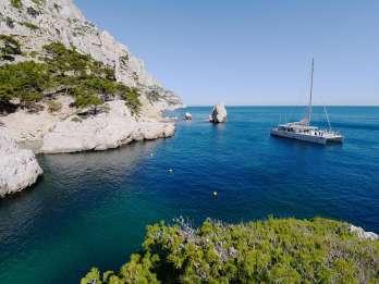 Nationalpark Calanques: Katamaran-Bootsfahrt & Mittagessen