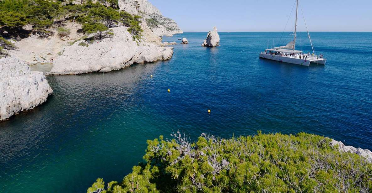 Marseille: Calanques 5-Hour Cruise and Lunch