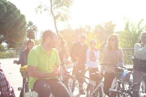 Seville: 3–Hour Bike Tour along the Guadalquivir River