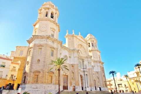 Jerez & Cádiz: Private Day Trip from Seville
