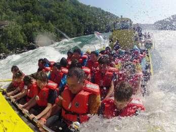 Niagara-Fälle, Kanada: Niagara River - Jetboot-Tour