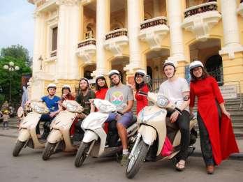 Halbtages Hanoi Foodie-Tour mit dem Motorrad