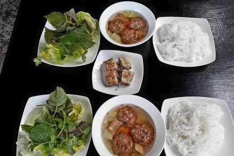Weekend Hanoi Night Market & Street Food Tour