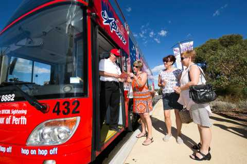 Perth: Hop-on Hop-off Sightseeing Bus Ticket