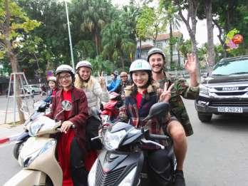 Hanoi: Einkaufen und Essen Market Tour mit dem Motorrad