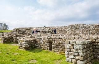 Edinburgh: Rosslyn Chapel & Hadrianswall in Kleingruppe
