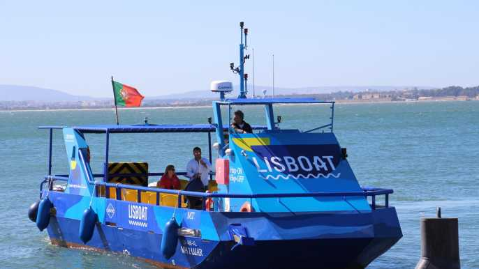 Lisbon: 48-Hour Hop-on Hop-off Bus Ticket and River Cruise