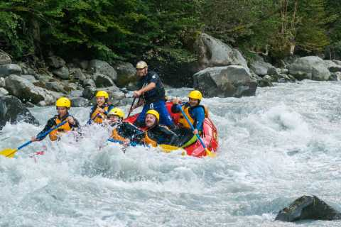 From Interlaken: 4-Hour Rafting on Lütschine River