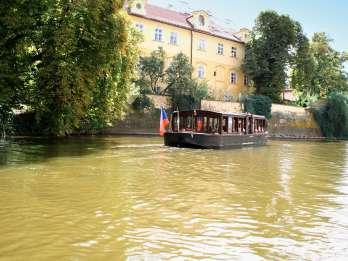 Prag: 1,5-stündige Flussrundfahrt und Führung