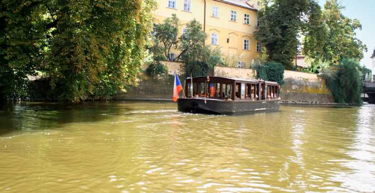 Prague: 1.5-Hour River Boat Cruise and Guided Tour