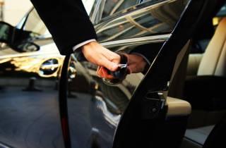 Rom: 3-Stunden-Fahrer mit Fahrzeug zur freien Verfügung