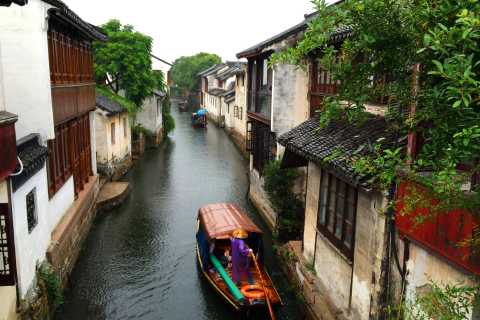 From Shanghai: One-Day Zhouzhuang and Jinxi Small Group Tour