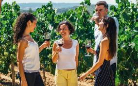 Barcelona: Wine, Cava, Tapas & Vineyards 4WD Experience