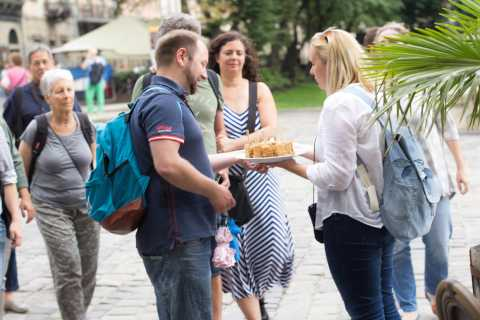 Lviv: Ukrainian Cuisine Food Tour