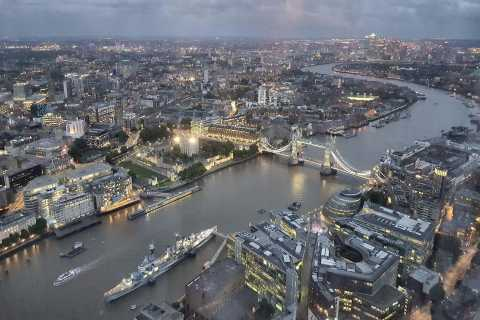 Excursão noturna de táxi em Londres