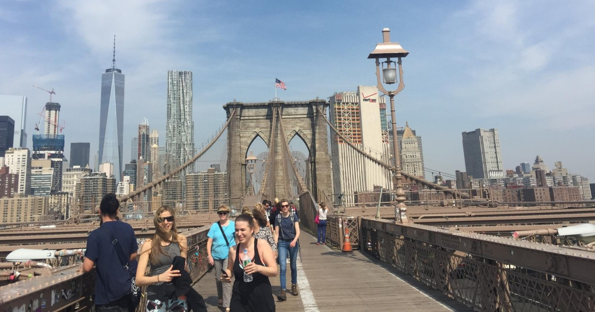 from manhattan: 4-hour brooklyn guided walking tour - new