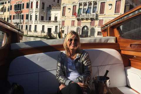 Venetië: Private Airport Overdrachten door Luxury Water Taxi