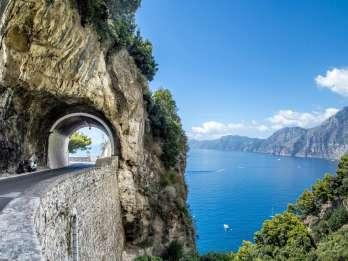 Ab Neapel: Tagestour durch Sorrent, Positano und Amalfi