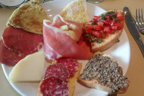Montefalco Winery and Oil Mill Tour and Tastings