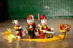 Ho Chi Minh: Bilhete do Show de Marionetas de Água com Entrega do Hotel