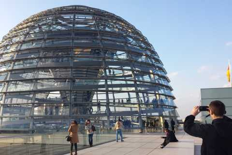 Berlin Gov District Walking Tour & Reichstag Visit with Dome