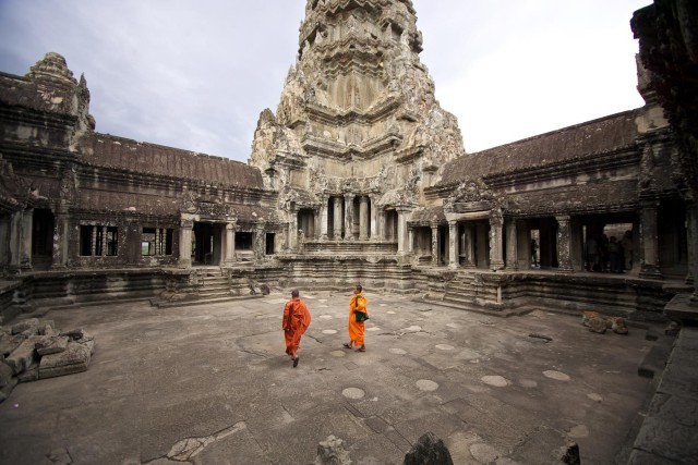 Full-Day Private Tour of Angkor Temple Complex