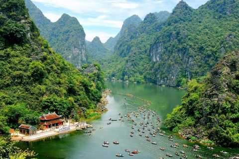 Private Trang An & Bai Dinh Full-Day Tour with Lunch