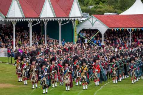 Scottish Highland Games Day Tour from Edinburgh
