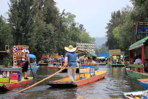 Día completo Xochimilco-Coyoacán con museo Frida Kahlo