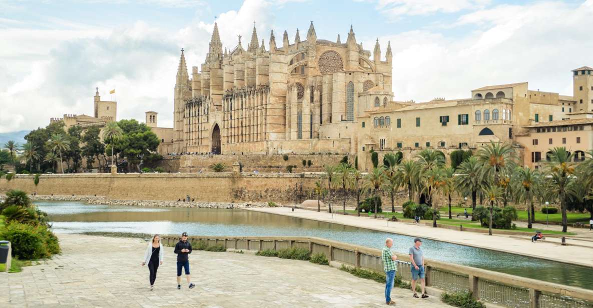 Mallorca: Skip the Line Palma Cathedral Entry Ticket