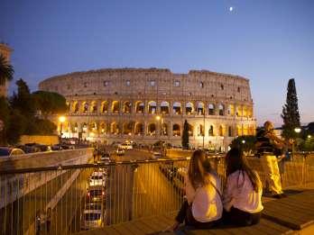 Rom: Kolosseum bei Mondschein