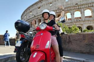 Rom: 125ccm Vespa 12 Stunden - 7 Tage mieten