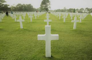 Paris: Normandie D-Day Lande-Strände mit Mittagessen