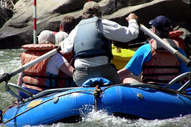 Pozo Azul: Full-Day White Water Rafting Adventure