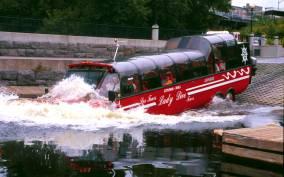 Ottawa: 1-Hour Bilingual Guided Tour by Amphibious Bus