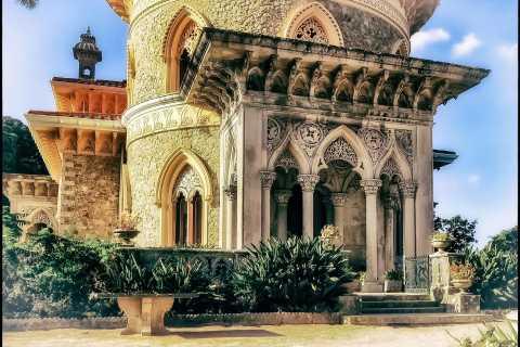 Sintra: Wine Tasting Tour, Regaleira & Monserrate Experience