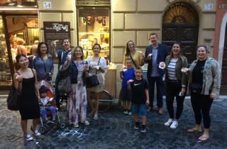Rom: Private Tour für Kinder mit Eis und Pizza bei Nacht