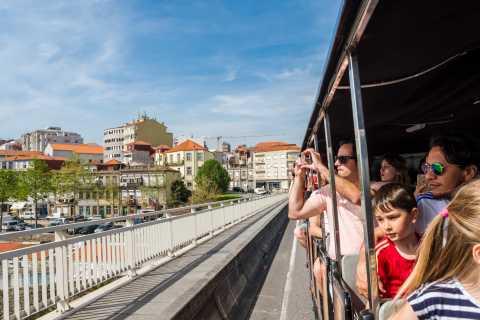 Porto: Stadttour im Zug, Flussfahrt & Weinkeller