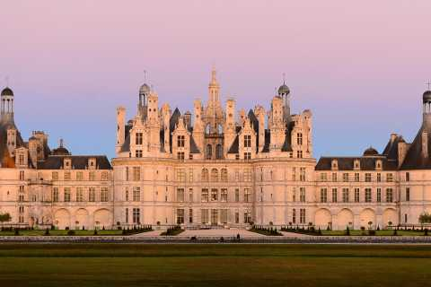 Private Tour from Paris to Loire Castles & Michelin Lunch