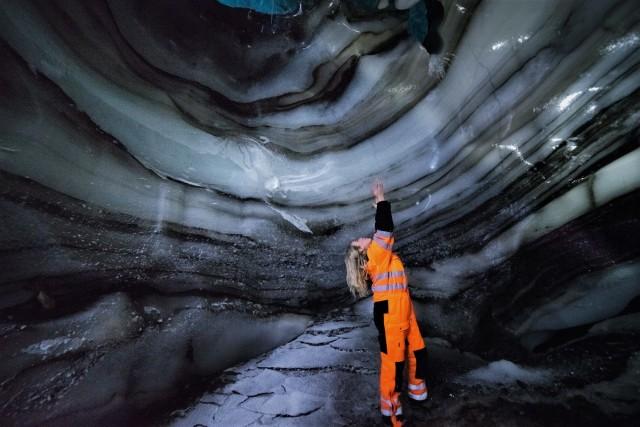 Langjokull-gletsjer: sneeuwscooter- & natuurijsgrottentocht