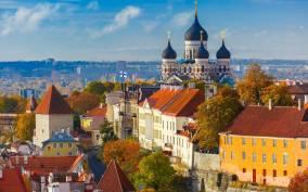 Tallinn Shore Excursion: Old Town Walking Tour