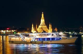 2-stündige Bootsfahrt mit 5-Sterne-Buffet-Abendessen