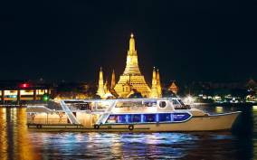 2-Hour Shangri-La Horizon Five-Star Buffet Dinner Cruise