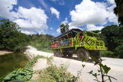 Passeio em Punta Cana em Super Caminhão com Tração 8x8
