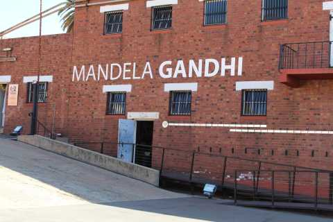 Constitutional Hill & Apartheid Museum Half Day Tour