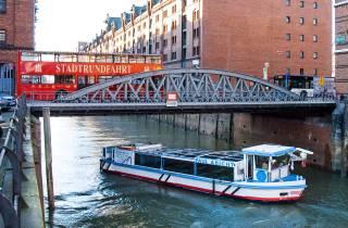 Hamburg: Kombiticket für den Hop-On/Hop-Off-Bus & Bootsfahrt