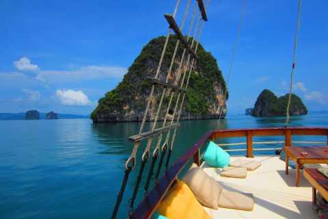 Phanh Nga: Ganztägige Bootsfahrt mit Mahlzeiten ab Phuket