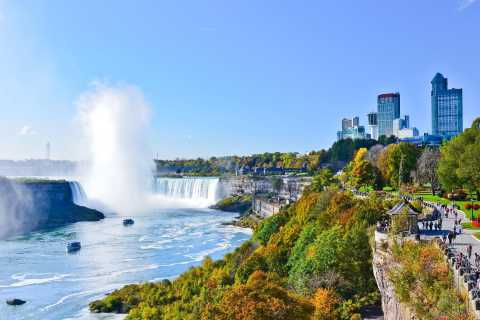 From New York City: Niagara Falls Full-Day Bus Tour