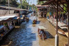 Excursão Mercado Flutuante de Damnoen Saduak 6 Horas