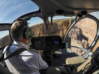 Grand Canyon: Rundflug im Helikopter ab dem Südrand. Foto: GetYourGuide